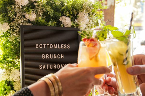 BOTTOMLESS BRUNCH.